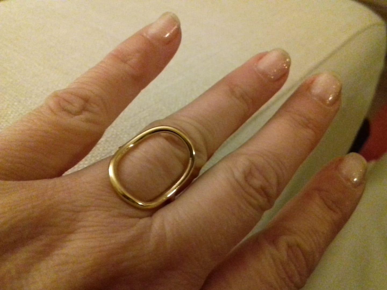 Emi & Eve ring